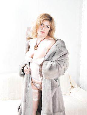 Chubby mature fucking