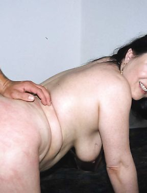 Chubby mature screams with young dong fitting her pussy