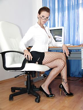 Busty secretary takes the time to provide a nice solo