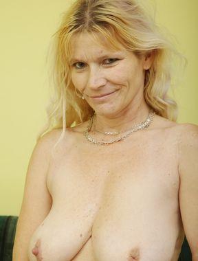 Zdenka Op