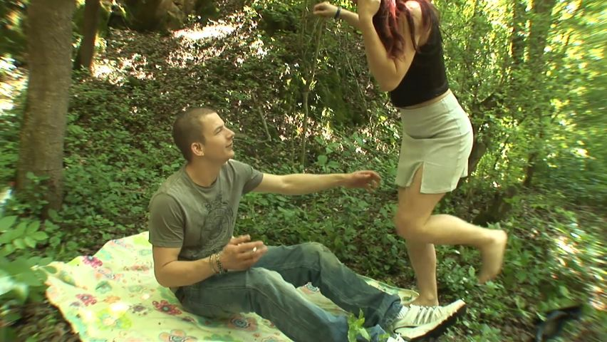 Outdoor sex play for mommy and her slutty daughter