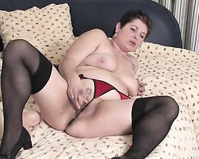 Sexy mature woman plays with her pussy in excellent scenes